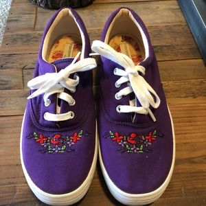 Keds grasshopper purple with cute embroidered